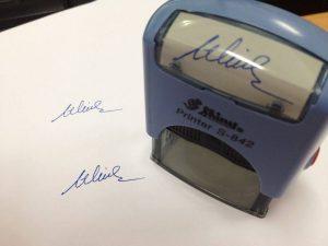 Dấu chữ ký